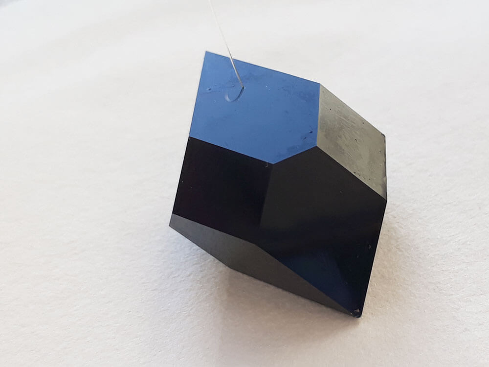 A picture of a perfect copper acetate crystal.