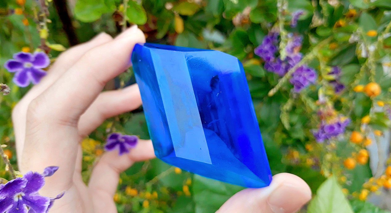 A large copper sulfate crystal